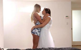 Melhor amiga realizando o fetiche de transar com a noiva antes da igreja